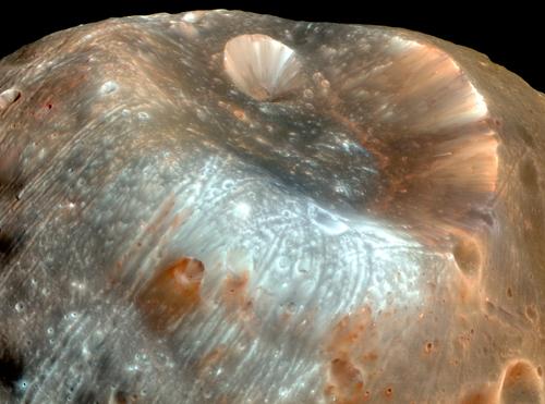 Forrás: HiRISE, JPL, UA