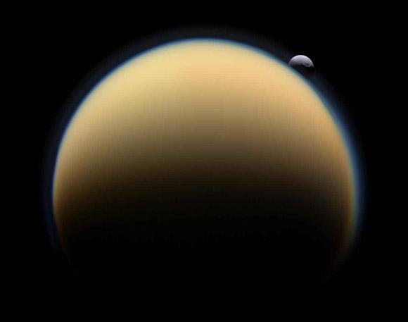 ForrA!s: Cassini Imaging Team, ISS, JPL, ESA, NASA