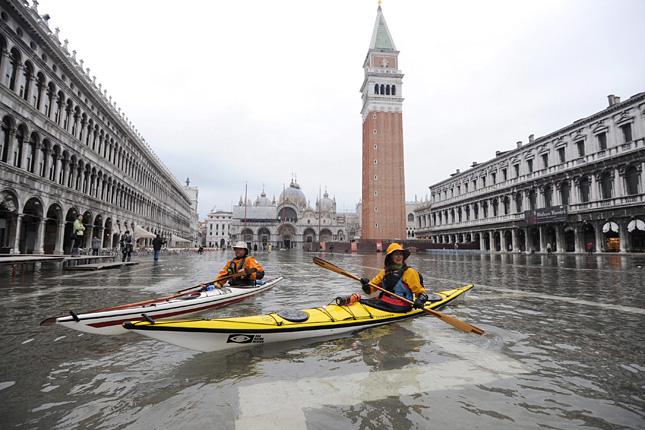 Forr�s: MTI/EPA/Andrea Meola