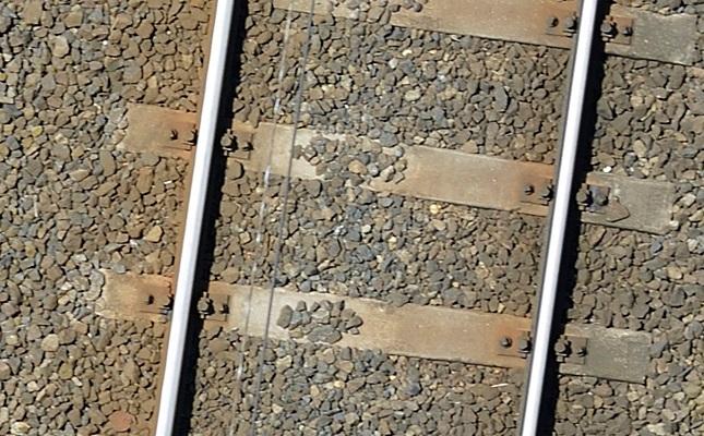 2012. július, sínek egy kaposvári felvétel részletén - Bakó - Molnár)