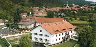 Fot�: J�ling Kriszti�n, www.egikamera.hu