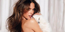 Forr�s: Facebook/Alessandra Ambrosio