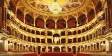 Forr�s: opera.hu