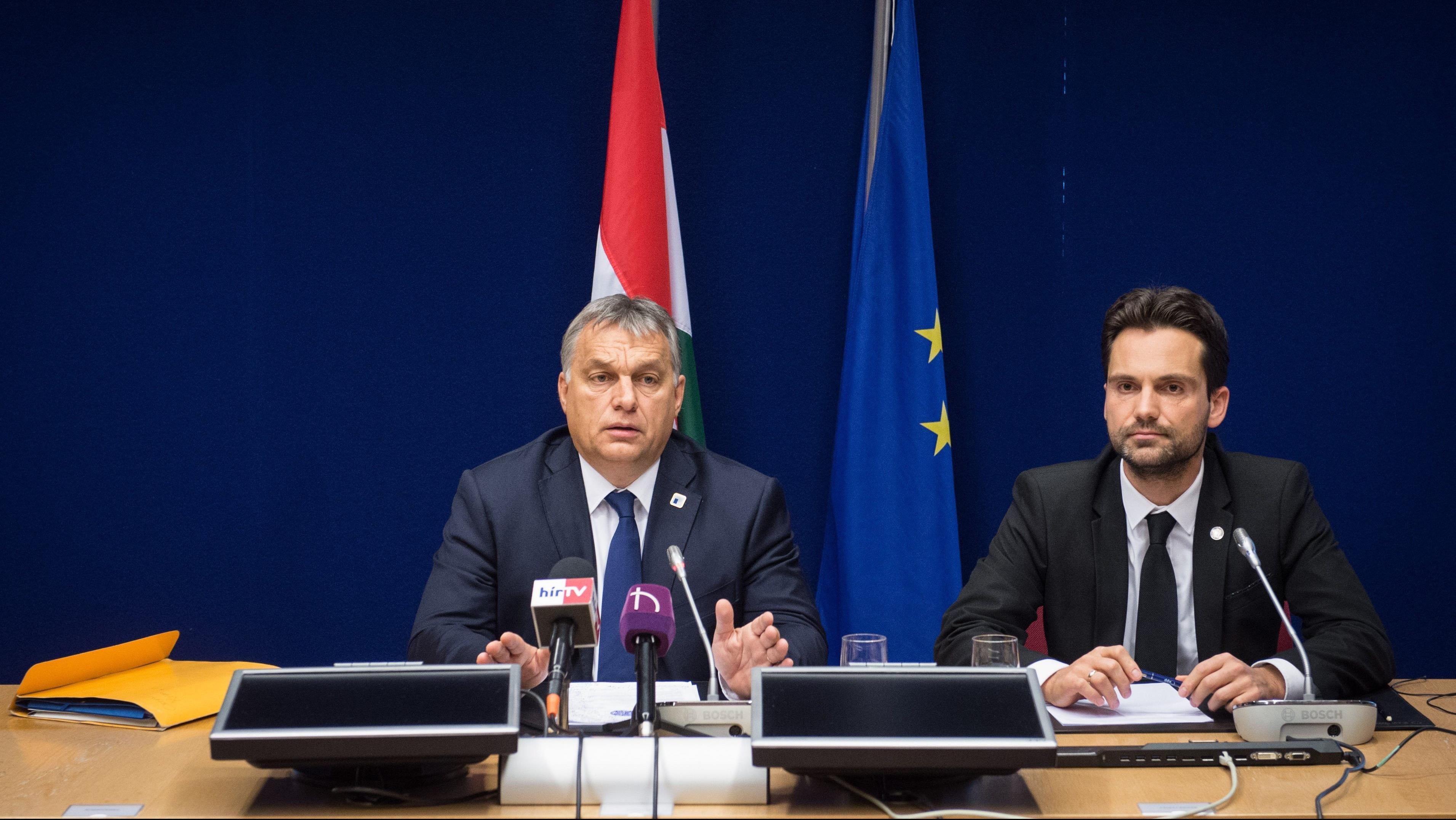 Forr�s: MTI/Minisztereln�ki Sajt�iroda/Bot�r Gergely
